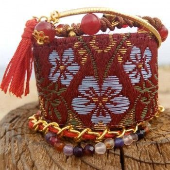 Buy dainty-bracelets online price €64.95 Euro