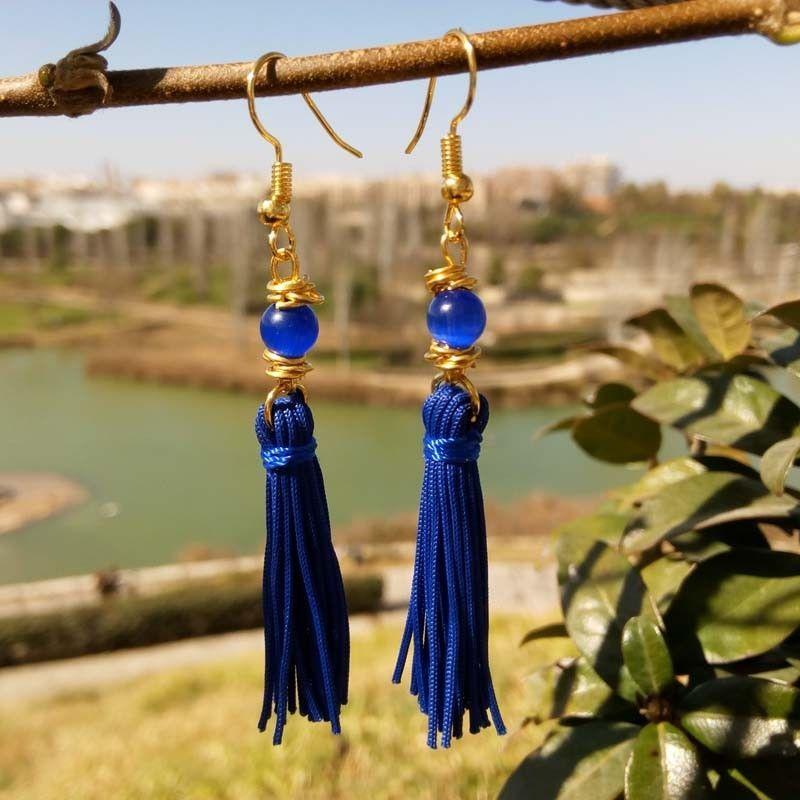 36fae0845f9e Pendientes de flecos largos azules oscuros con ojo de gato azul 2019 -  Diseños exclusivos Cloris